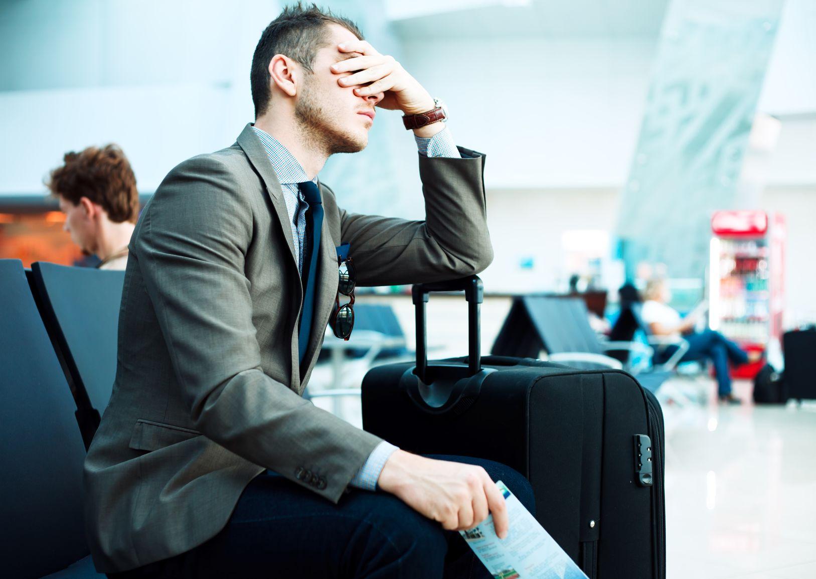 35066477 - delayed flight
